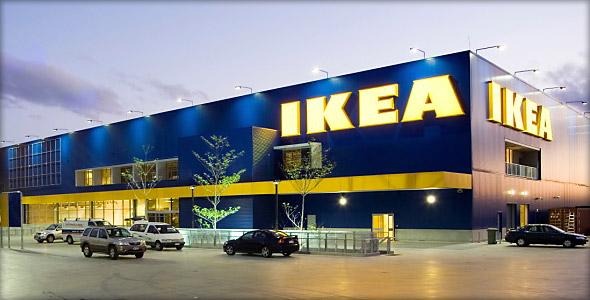 Bu yıl ART EVENT 2017 Koleksiyonu için yalnızca el yapımı işlerin seçilmesinin özel bir sebebi var. IKEA, günümüzün teknolojik ve dijital gelişmeleri içinde bize el yapımı işlerin değerini yeniden anımsatmak istiyor.