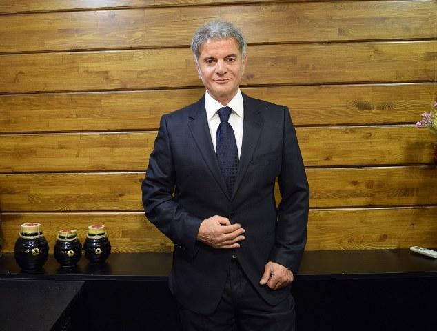Türkiye'nin bal üretimi konusunda dünyada ikinci sırada yer aldığını belirten Honeyci unvanlı 32 yıllık bal üreticisi Ahmet Bağran Aksoy, ülkemizde yetiştirilen balın tarih boyunca Anadolu'da birçok hastalığa şifa olarak kullanıldığını söylüyor.