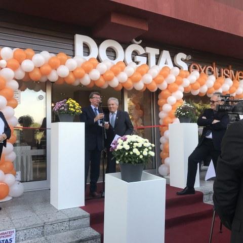 Doğtaş CEO'su Ersin Serbes, Doğtaş yöneticileri ve çok sayıda davetli katıldı.