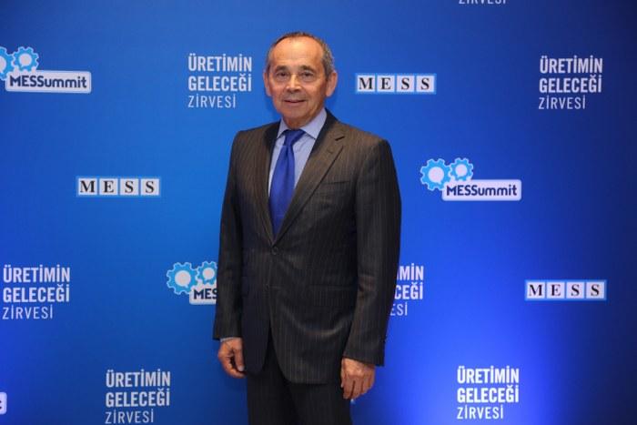 Önen, dijital dönüşüm yolcuğunda Türk sanayisine destek vererek ülkenin rekabet gücünün artmasına katkıda bulunmayı amaçladıklarını dile getirdi.