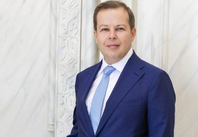 Tunçmatik Yönetim Kurulu Başkanı Mehmet Özer, henüz keşfedilmemiş bir pazarda yol almanın getirdiği fırsatların yanı sıra zorlukları da bulunduğunu sözlerine ekliyor.