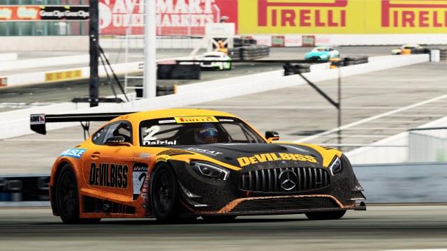 """""""Aylardır Project CARS 2 ile çalışıyoruz"""" diyen Pirelli World Challenge Başkanı ve CEO'su Greg Gill şöyle devam etti."""