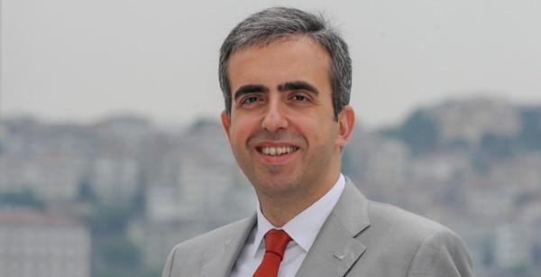 İstanbul Üniversitesi Siyasal Bilgiler Fakültesi'nden mezun olan Soner Canko, aynı üniversitenin İktisat Fakültesi'nde yüksek lisans ve doktora dereceleri aldı.