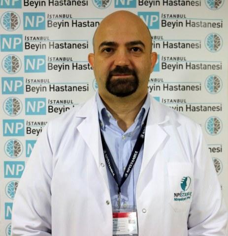 Ergenlerin bu süreçte en riskli grup olduğunu ifade eden Yrd.Doç.Dr. Onur Noyan, şunları söyledi.